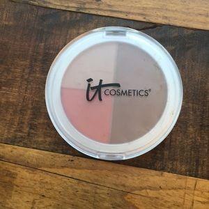 Never used It Cosmetics bronzer/blush/illuminator